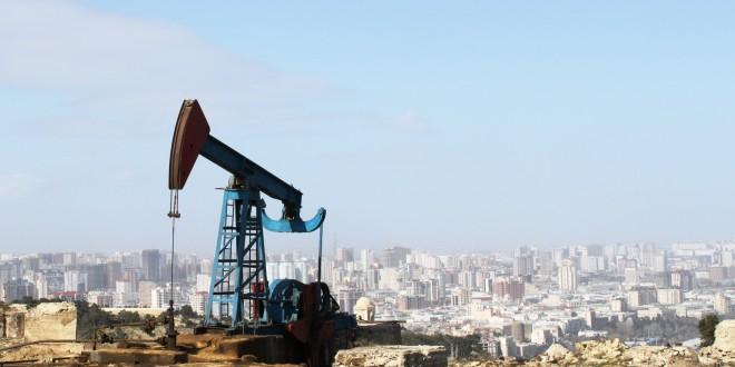 Oil pump in Baku 660x330 - Petrol ve Doğal Gaz Nasıl İşlenir?