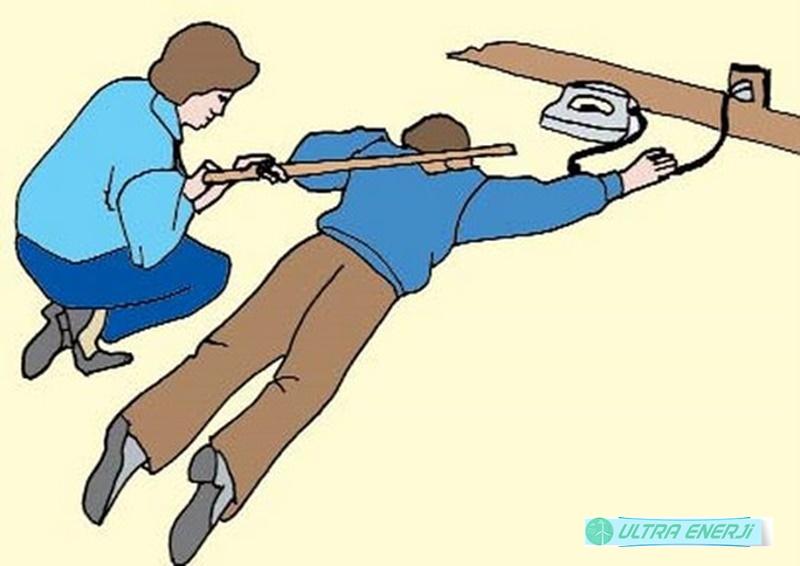 Elektrik carpmasinda ilk Yardim Nasil Yapilir - Elektrik Çarpmasında İlk Yardım Nasıl Yapılır?